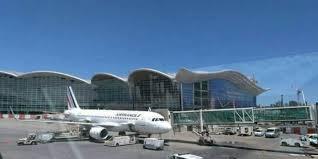 l'aéroport international d'Alger Houari Boumediene